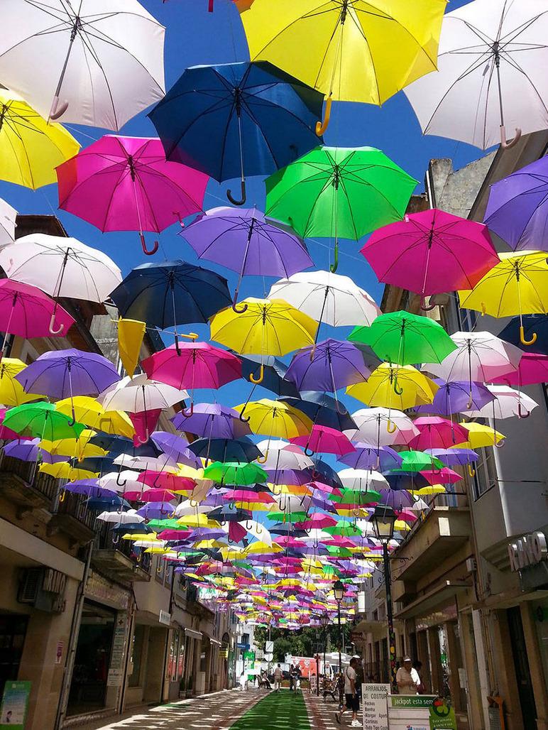 colored_umbrellas.jpg