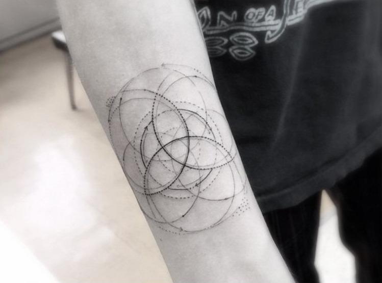 geometric_tatoo_5.jpg